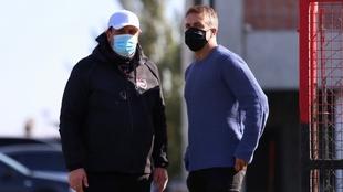 Gabriel Batistuta estuvo presente en el entrenamiento de Newell's