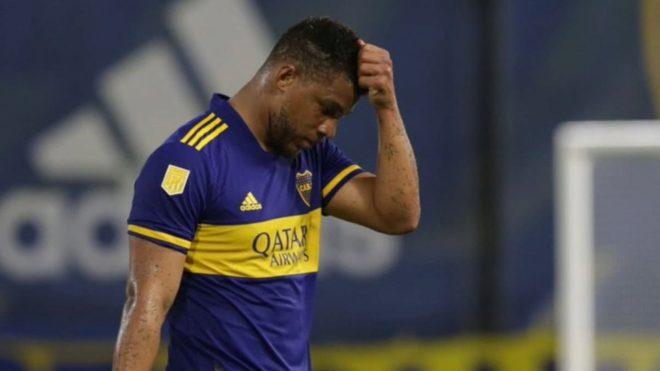 Fabra es cuestionado en Boca.