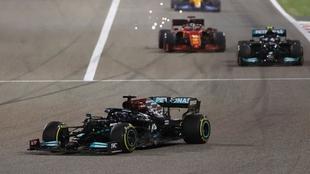 GP Bahrein F1 2021: Lewis Hamilton se lleva el primer triunfo de la...
