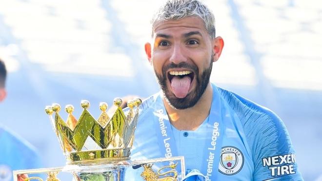 Manchester City anuncia la salida del Kun Agüero   MARCA Claro Argentina