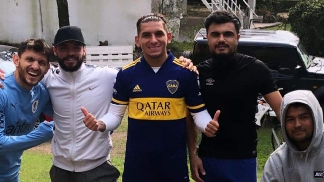 Lucas Torreira ya mostró su fanatismo por Boca Juniors