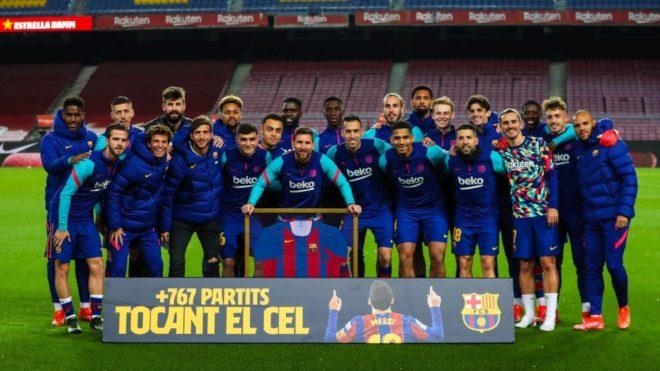 Leo Messi rompió el récord de 767 partidos con la camiseta del...