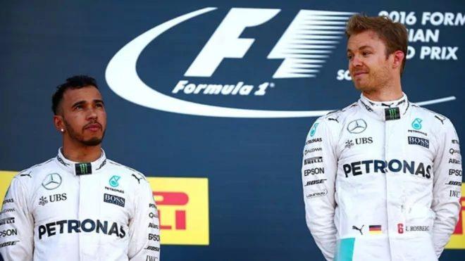 Mercedes pensó en suspender a Lewis Hamilton y Nico Rosberg