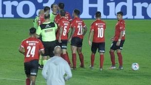 Independiente perdió ante Racing por un penal polémico
