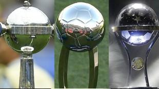 El trofeo de la Libertadores, Copa de la Liga, y Sudamericana.