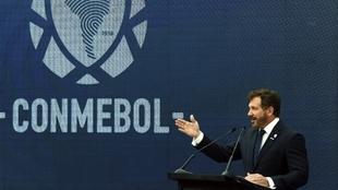 La vacuna china Sinovac llega al fútbol sudamericano de Conmebol