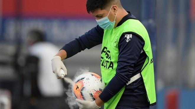 Piden detener el fútbol argentino por el coronavirus