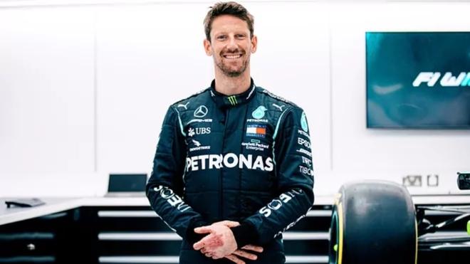 Romain Grosjean pilotará el W10 de Lewis Hamilton