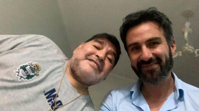 Maradona junto a Luque.