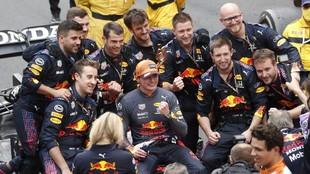 El equipo de la escudería Red Bull