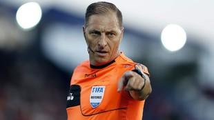 Néstor Pitana será el árbitro de la final entre Racing y Colón