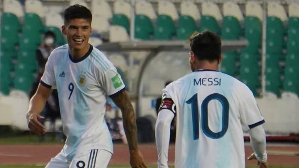 Joaquín Correa (26) en un partido con la selección argentina.