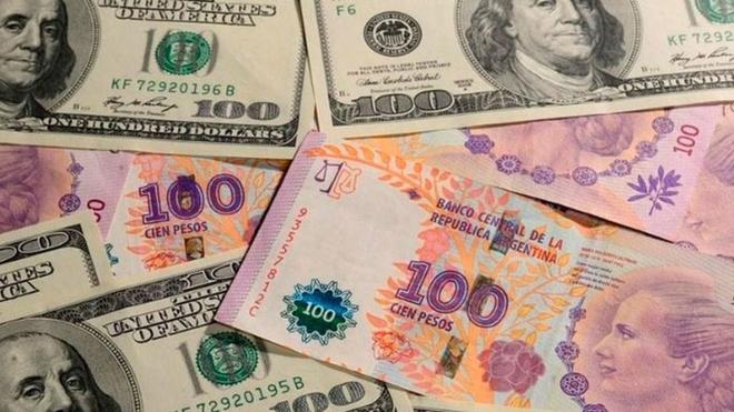 A cuánto cotiza el dólar blue hoy 18 de junio y cuál es el tipo de...