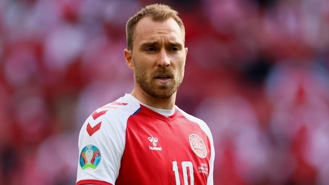 Christian Eriksen se desplomó en pleno Dinamarca vs Finlandia