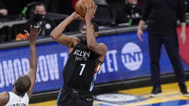 Kevin Durant brilló en el triunfo de Brooklyn Nets