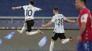 Leo Messi convirtó un gol ante Chile