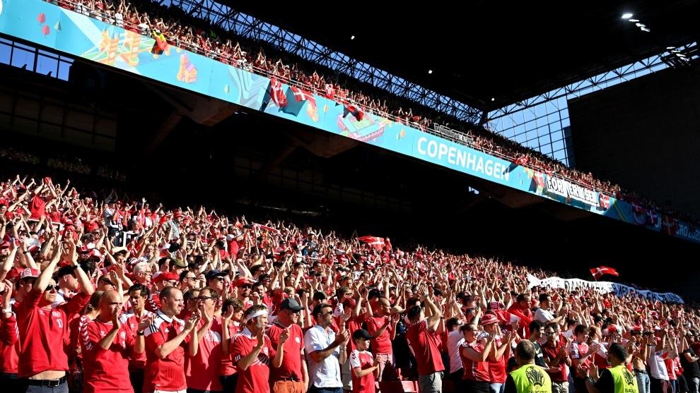 Momentos muy emotivos los vividos en el Dinamarca vs Bélgica.