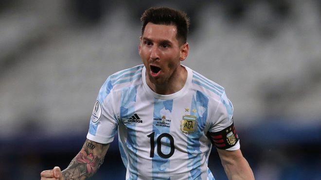 Messi la rompió contra Uruguay.