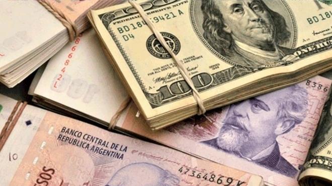A cuánto cotiza el dólar blue hoy 25 de junio y cuál es el tipo de...