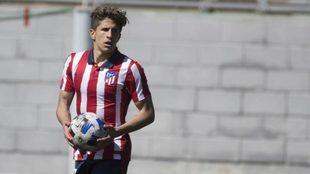 Giuliano Simeone, en un partido en el equipo juvenil del Atlético de...