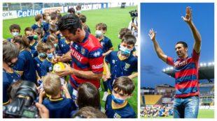 Un montaje con imágenes de la presentación de Buffon con el Parma.