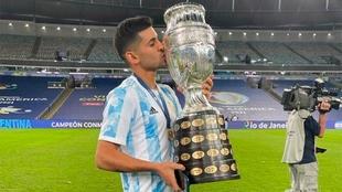 Cristian Romero fue campeón de Copa América con Argentina