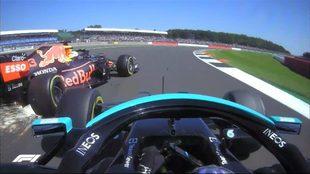 El fuerte accidente de Max Verstappen en el Gran Premio de Gran...