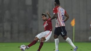 Leo Ponzio (39) en un partido de la Copa Libertadores con River Plate.