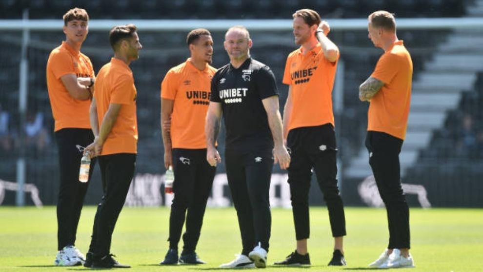 Wayne Rooney es el entrenador del Derby Country