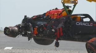El accidente de Verstappen tras chocar con Hamilton