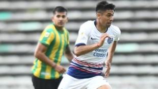 Juan Ramírez (28) en un partido con San Lorenzo.