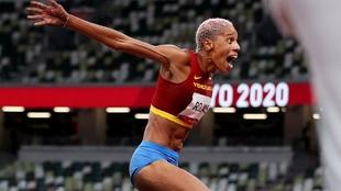 Yulimar Rojas (26) tras batir el récord del mundo.