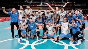 Argentina obtuvo la medalla de bronce en voleibol masculino en Tokyo...