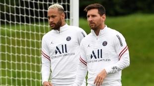 Leo Messi espera por su debut en París Saint-Germain