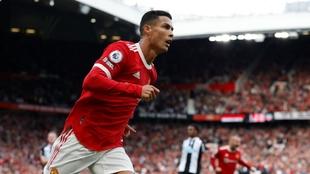 Cristiano Ronaldo celebra uno de sus goles ante el Newcastle.