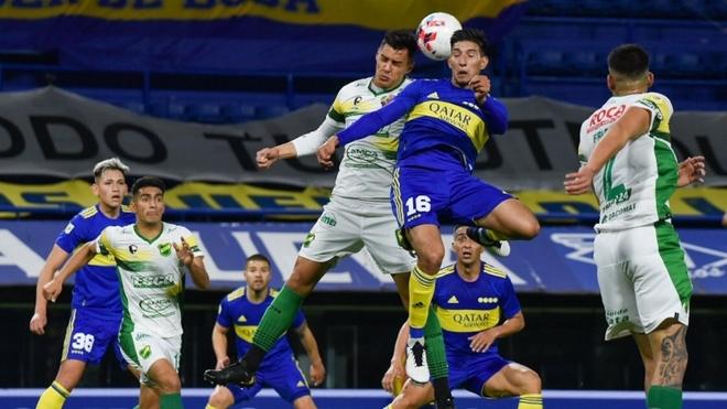 Boca y Defensa y Justicia empataron 0-0 en La Bombonera