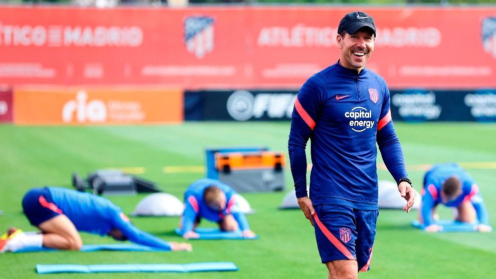 Simeone durante un entrenamiento del Atlético de Madrid