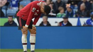 Cristiano se lamenta en un lance de la goleada sufrida ante el...