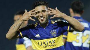 Eduardo Salvio celebra un gol.
