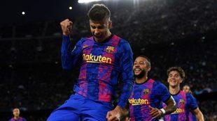 Gerard Piqué convirtió el 1-0 para Barcelona vs Dinamo Kiev