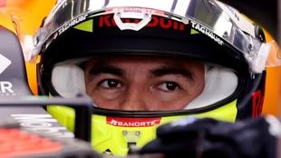 Checo Pérez terminó primero en la segunda sesión en Austin